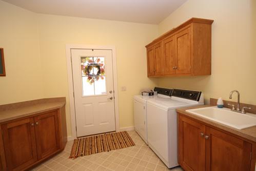 Whitetail Ridge Lodge Laundry Room
